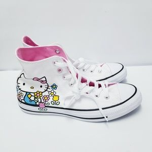 Converse HELLO Kitty Sneakers